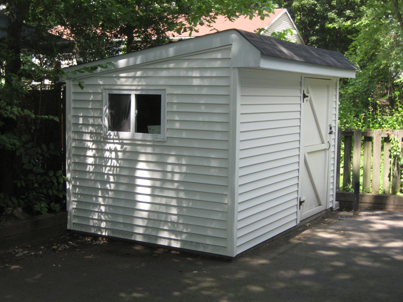 Small Saltbox shed